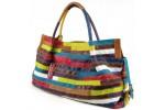 Женские сумки разных цветов и оттенков