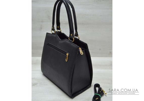 Классическая женская сумка Треугольник черного цвета с черной коброй WeLassie