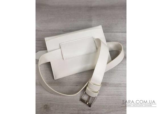 Жіноча сумка на пояс білого кольору WeLassie