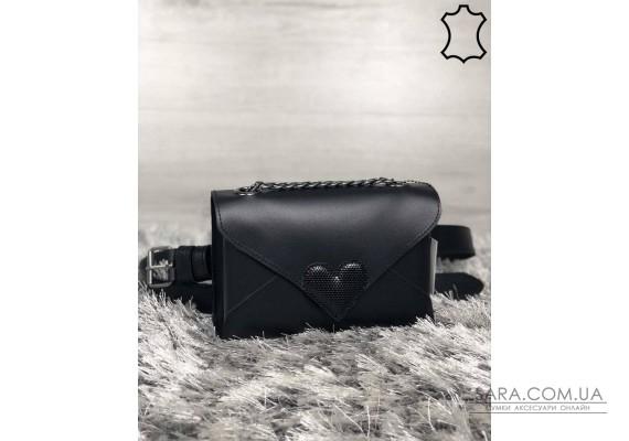 Кожаная женская сумка-клатч Leya с черного цвета с черным сердечком WeLassie
